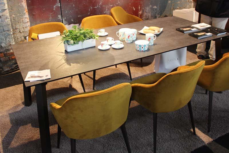 Designtage Lübeck 2018 Inform Einrichtungen Tisch